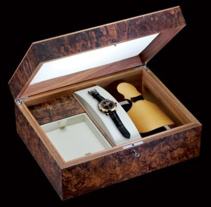 The presentation box of the Pierre DeRoche - GrandCliff TNT BelCanto