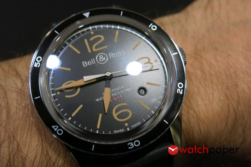 The BR 123 fits well on the wrist.