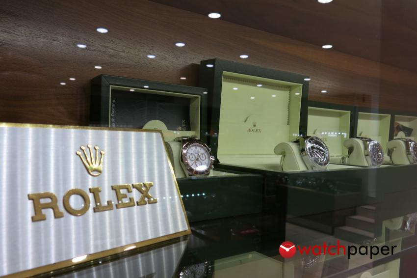 A nice lineup of preowned Rolexes at Matt Baily