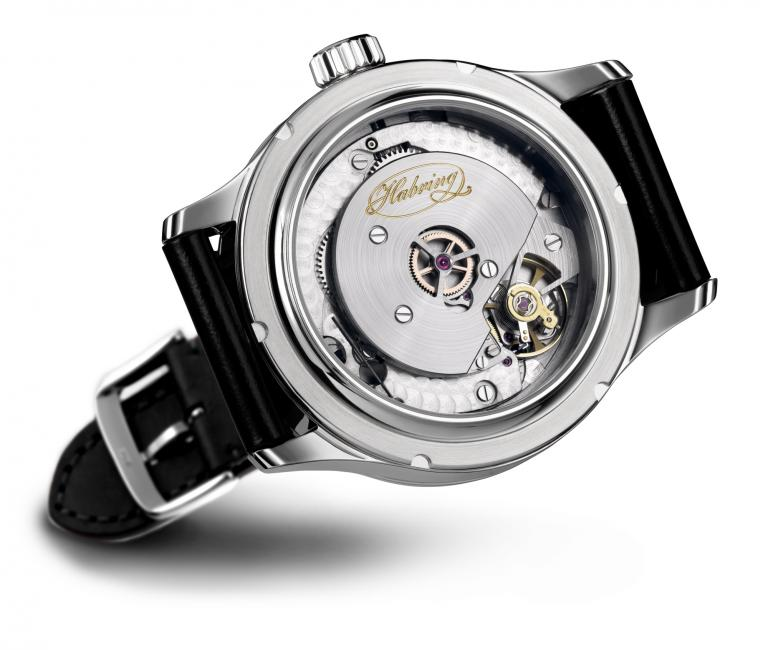Habring2 Jumping Second Pilot: the movement seen trough the sapphire crystal case back.