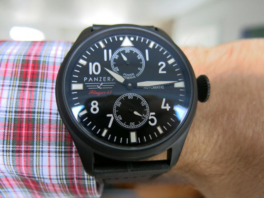Wrist shot of a Panzera Flieger 47
