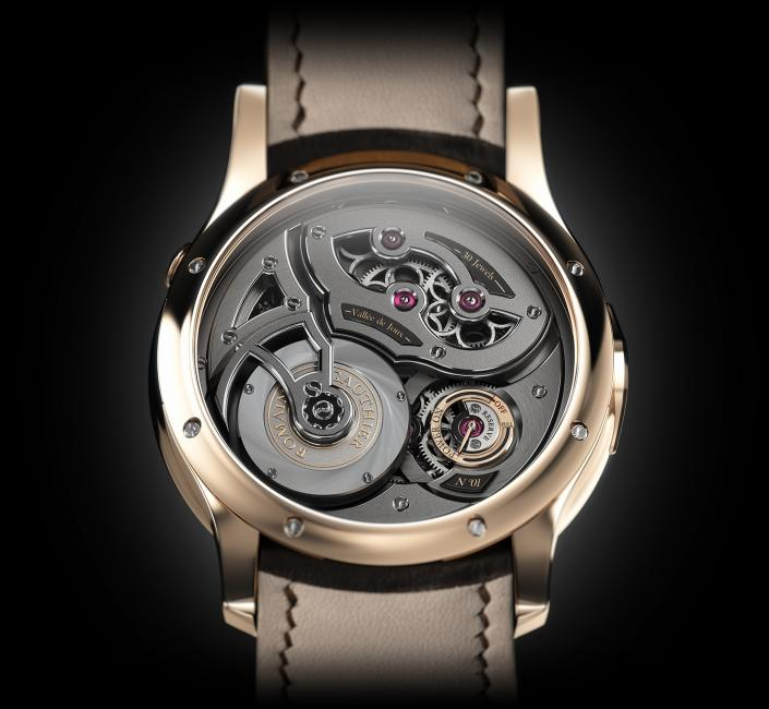 The back of the Red Gold Logical One by Romain Gauthier
