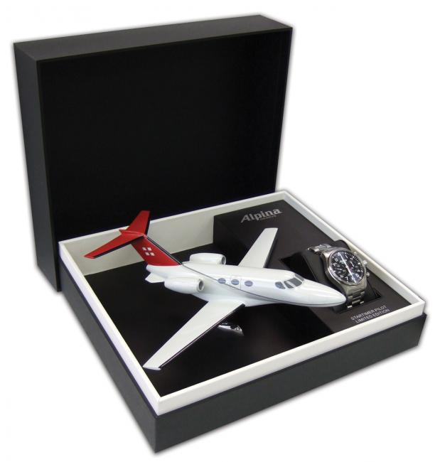 The watch is coming in a unique gift box with a Cessna Mustang model plane.
