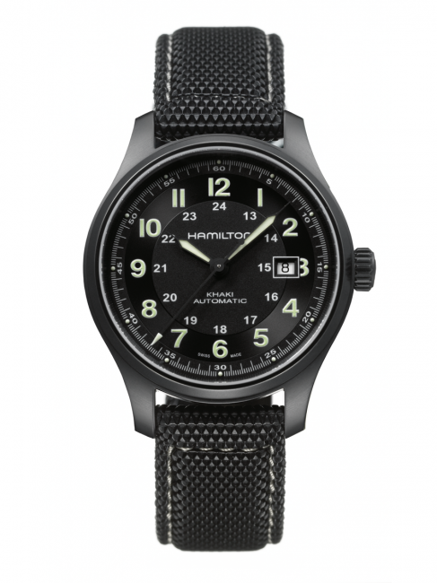 The black Hamilton Khaki Titanium is worn by Chris Pine, in the role of CIA agent Jack Ryan. Reference number H70575733