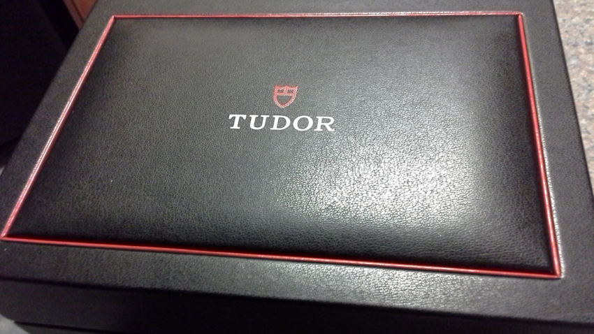 The box of a Tudor Fastrider Chronograph