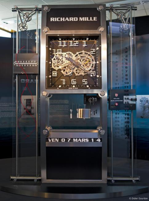 Richard Mille's Pendule du Québec is built to the exacting standards and conventions of très Haute Horlogerie and required 6,571 hours of development, 5,451 components and 3,952 hours of assembly and adjustment.