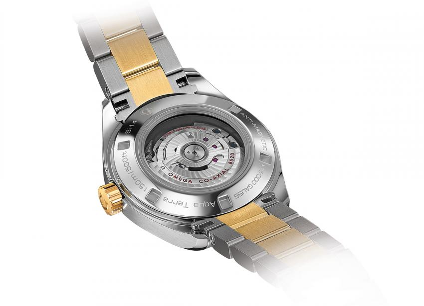 Unlike watches using a protective inner case, the Master Co-Axial can be admired trough a sapphire crystal.