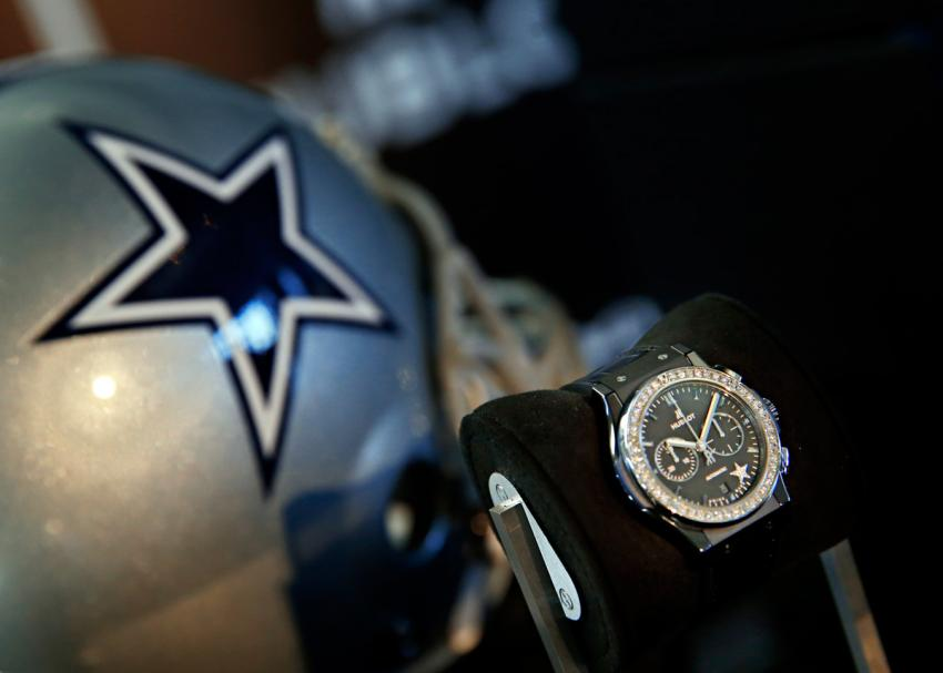 Hublot Classic Fusion Ladies Dallas Cowboys decorated with 42 diamonds and limited to 50 pieces.