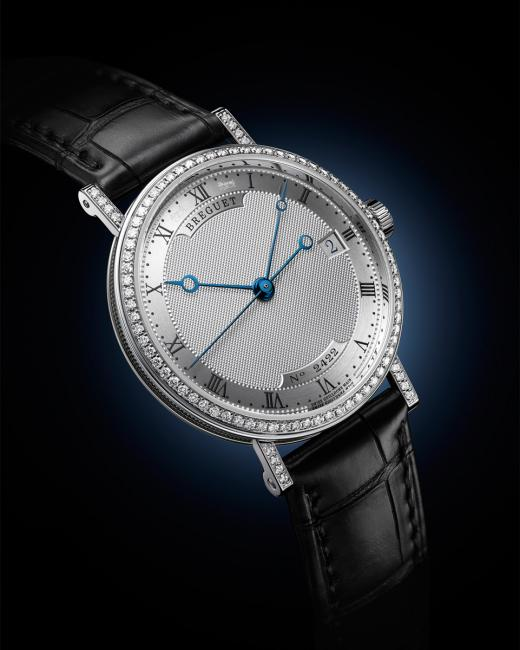 The public, after votes cast on internet and at the international exhibitions, selected its own favourite which won the Public Prize: Breguet, Classique Dame.