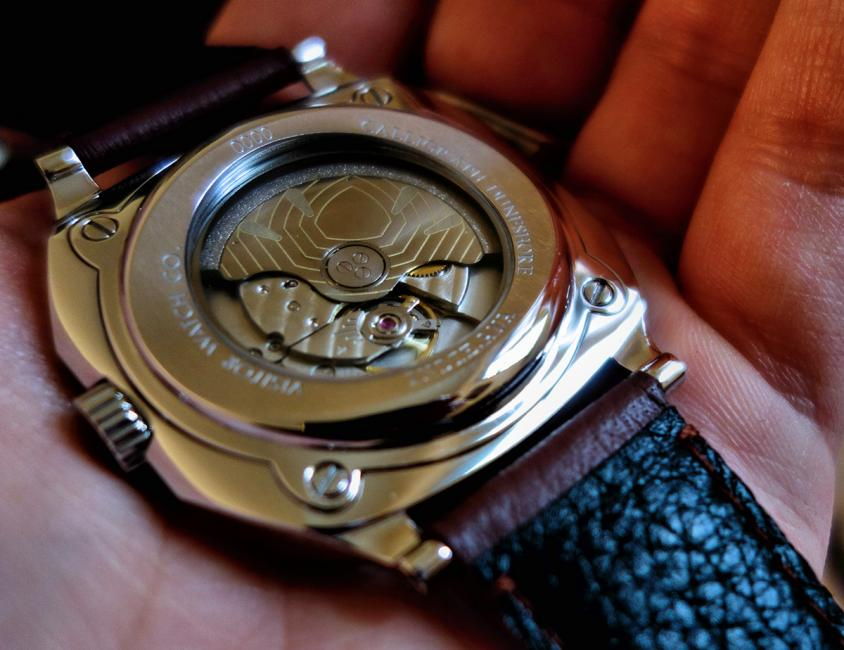 A customized Miyota 9015 in the Visitor Watch Co's Calligraph Duneshore.