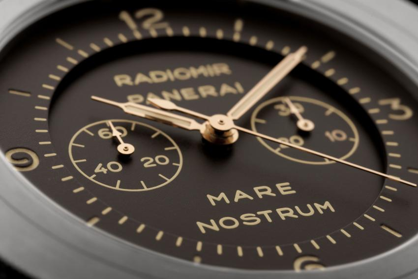 The tobacco brown dial of the Radiomir Mare Nostrum Titanio - 52 mm (PAM00603)