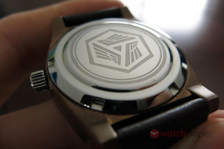 The stainless steel back of the Valkyr is engraved with the AEVIG logo.