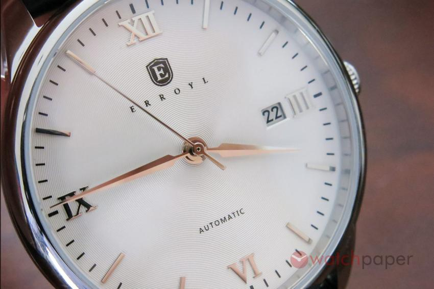 Another look at the dial of the Erroyl E30 Heritage White