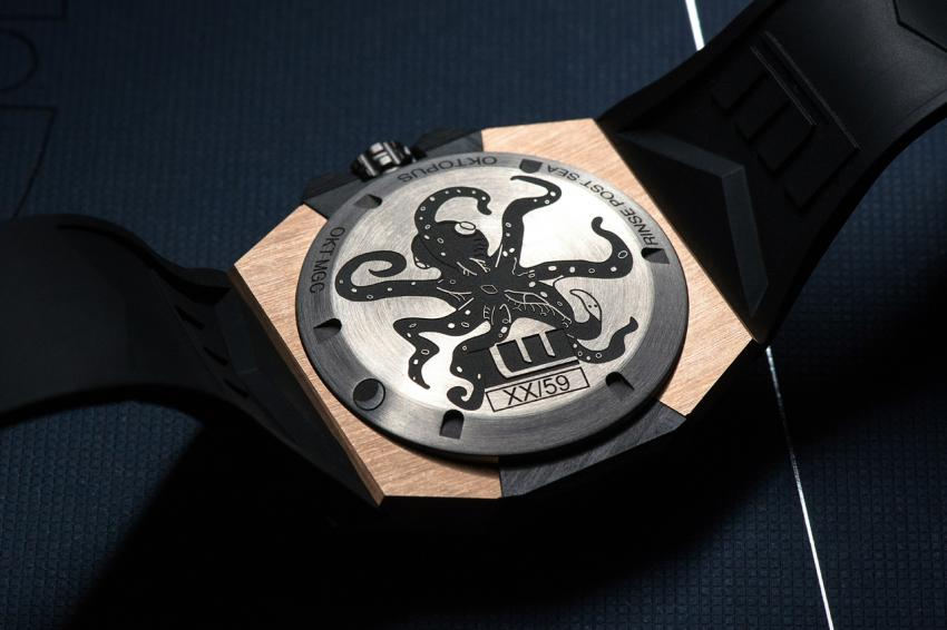 The back of the Linde Werdelin Oktopus Moon Gold 3DTP Carbon, is made from titanium