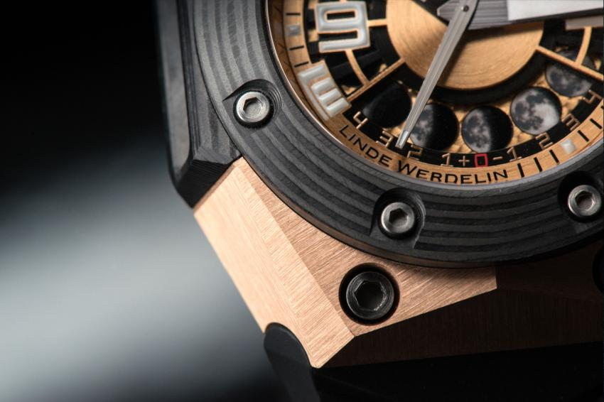 A close look at the Linde Werdelin Oktopus Moon Gold 3DTP Carbon