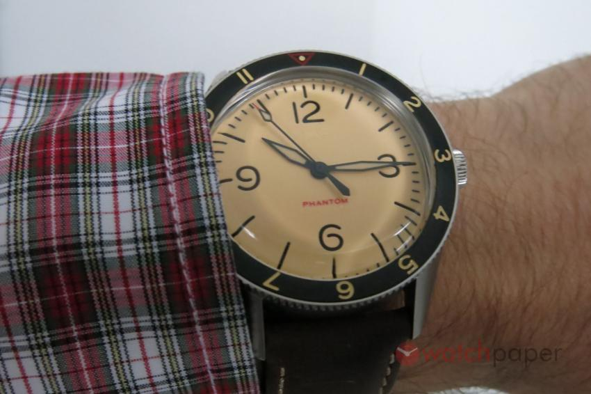 Wristshot with the Lew & Huey Phantom A Khaki