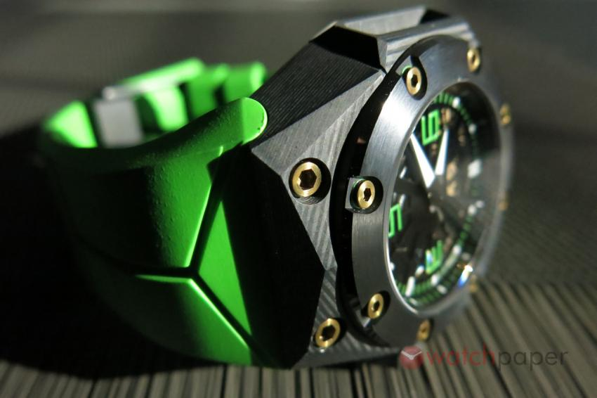 The complex geometry of the Linde Werdelin Oktopus