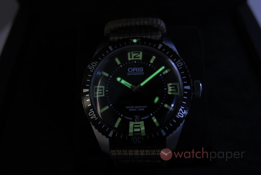 Lume shot of the Oris Divers Sixty-Five