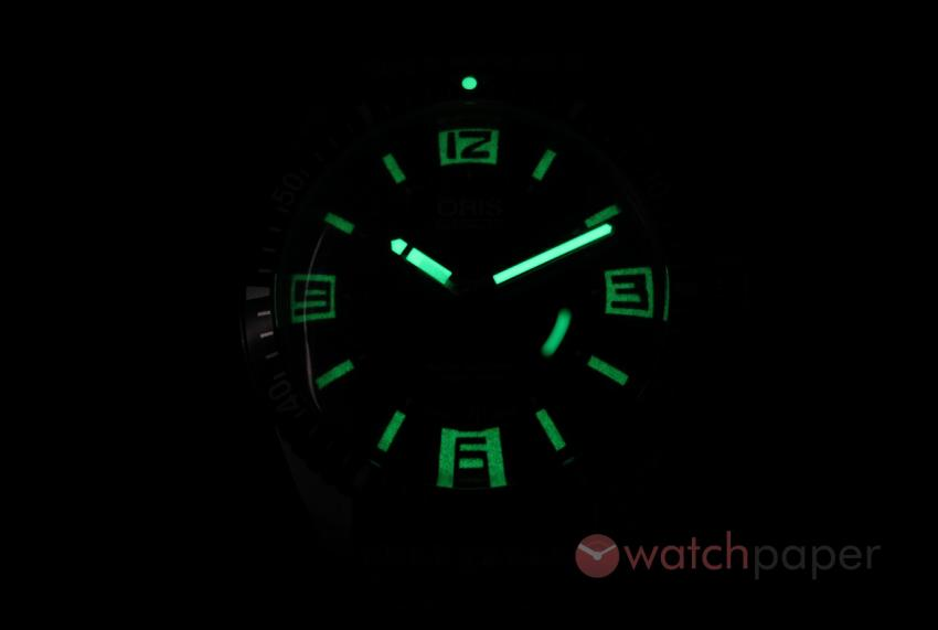 Lume shot of the Oris Sixty-Five