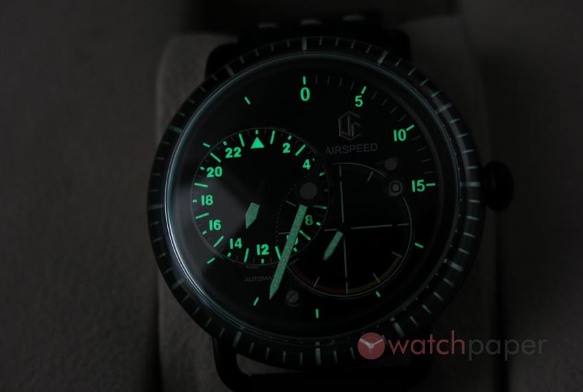 Not the Vintage but the CJR Watches Airspeed Pilot model is equipped with Lume.