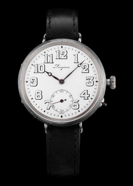 The Heritage Military is inspired by a derived from a 1918 watch from the Longines Museum's historical collection.