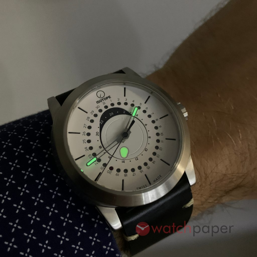 ISOTOPE GMT 0º lume